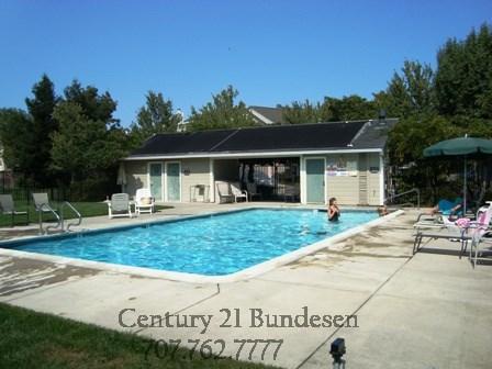847 Chardonnay Cr. pool