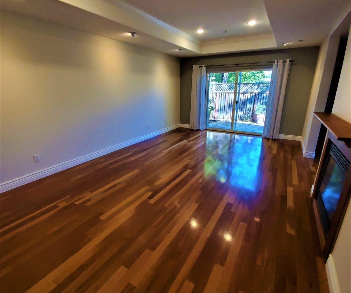 60 Malet Street living room, fireplace