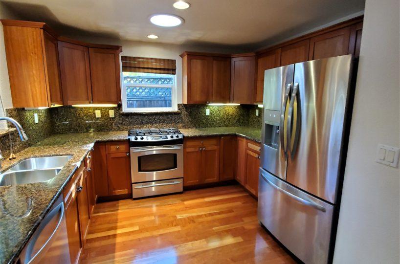 60 Malet Street kitchen and fridge